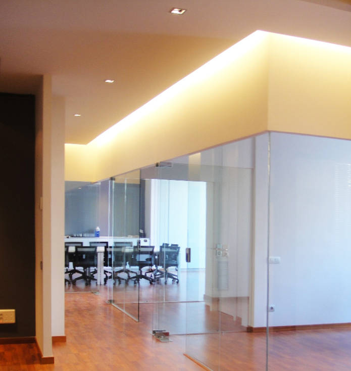 diseño interior locales y oficinas, gloria duran arquitecto barcelona